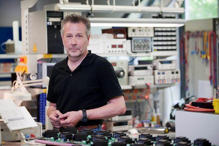 Herr Stäcker: Ansprechpartner HEINEN ICS